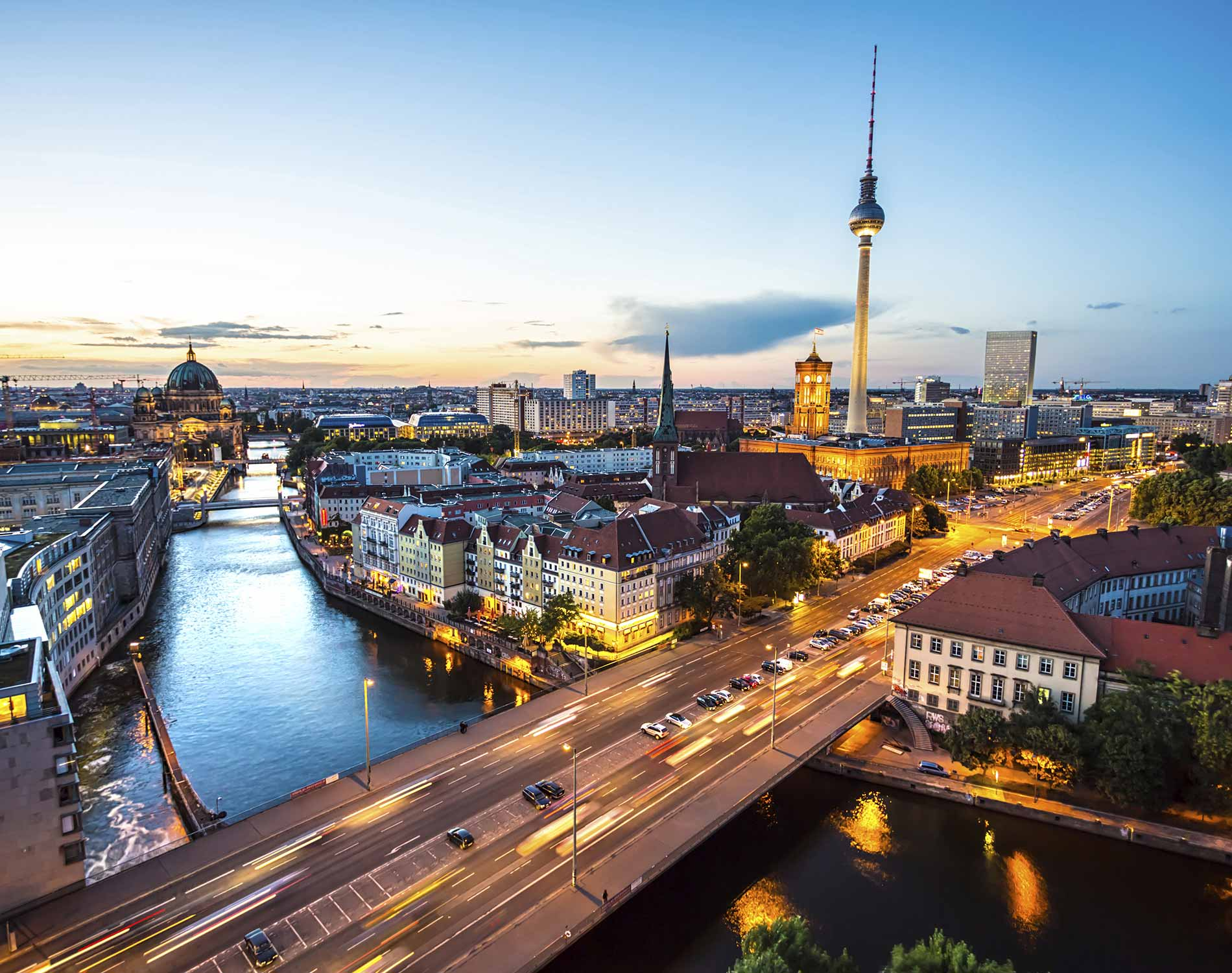 /-/media/images/website/background-images/offices/berlin/berlin_skyline.ashx