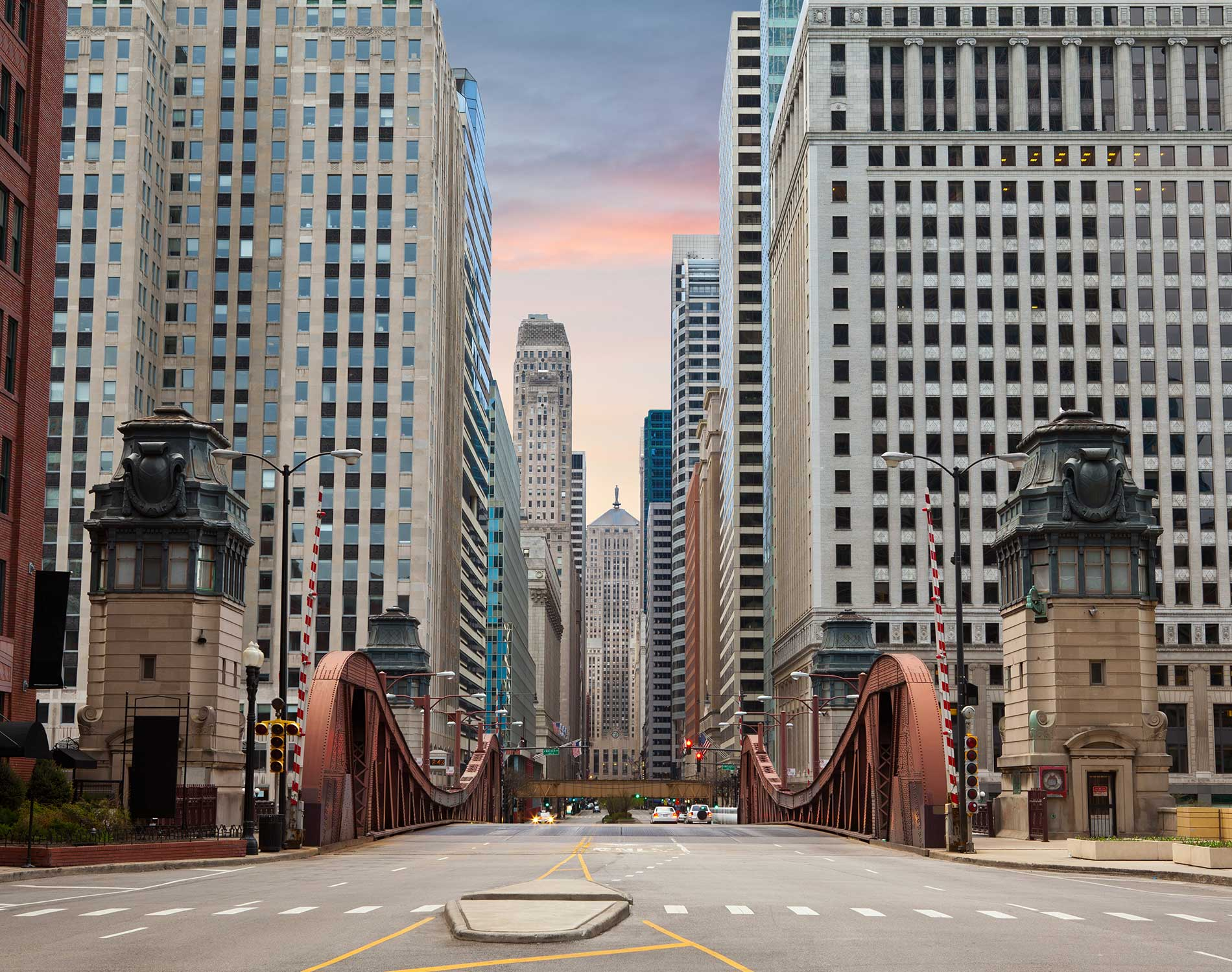 /-/media/images/website/background-images/offices/chicago/chicago_opt_02.jpg