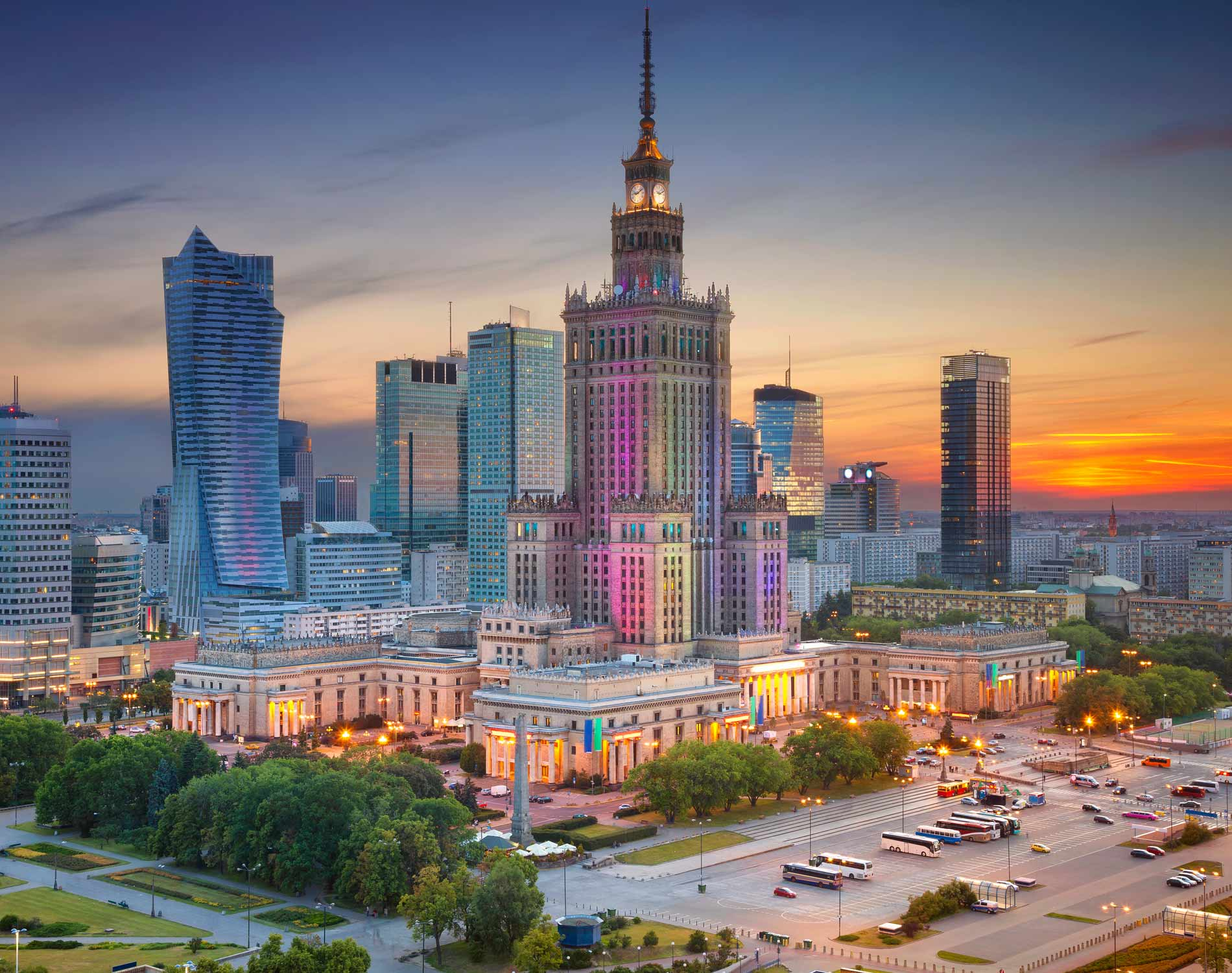 /-/media/images/website/background-images/offices/warsaw/warsaw_dusk_1500x1900.ashx